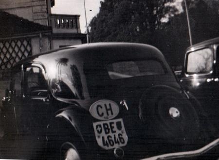 Berne Citroen Light Fifteen, 1940s London.   JP