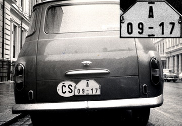 It was a rare sight to see a Skoda ai London in 1964, using Dealer plates.    A 09-17 photo by Vic Brumby.