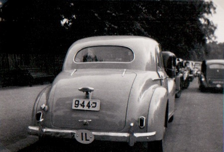 1948-55 series of first Independent Israel plates used a number followed by a regional code, in this case, that for Haifa.    Taken in a London Park, in 1949-50.
