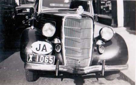 X 1065 spotted in Oxford in 1947 on a pre-war Canadian Ford, registered in Spanish Town, Jamaica.  Note he giant oval!    Pemberyon archive