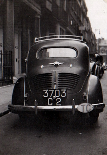 This Renault 750 from the (French) Trusteeship of the Cameroons was an unusual sight in the 1950 Britain, and probably France, too. 3703 C 2 carries the correct 1932-1954 oval and uses the French-designed  registration format.   John Pemberton archive.