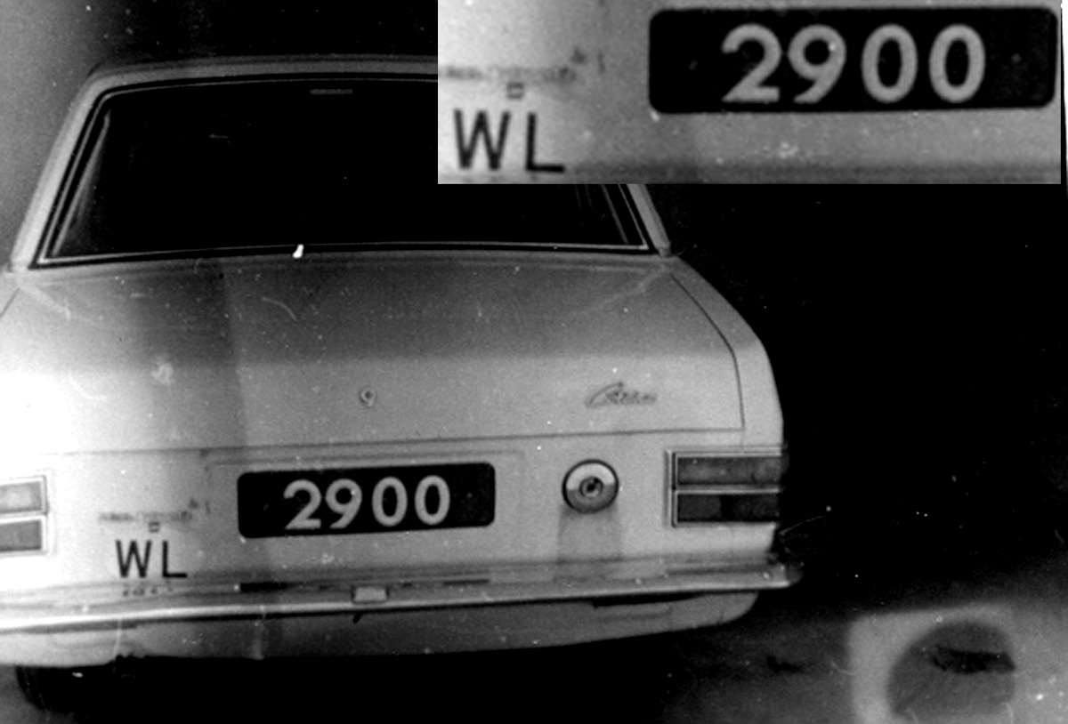 The only known WL oval on-car, in London 1970s.  Brumby archive