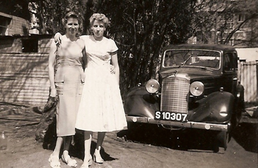 Vauxhall 14 circa 1946, also in S. Rhodesia about 1950.