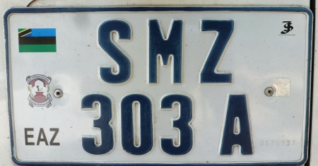 and the new style on a Land Rover - SMZ 303 A.