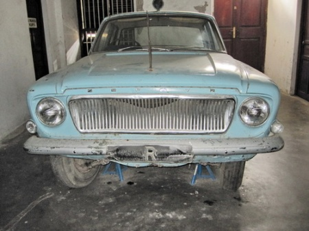 R.     The Ford Zephyr left by the last Resident, during the violent 1964 revolution which followed Zanzibar's Independence in 1963.   The independent island was subsumed into Tanzania only three months later, but remains semi-autonomous.      (Brumby archive)