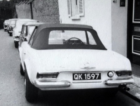 In 1964, when QK was a current issue, this Mercedes was  bought in England for subsequent export, and so was issued with a 'Q' plate for it's temporary stay in UK.