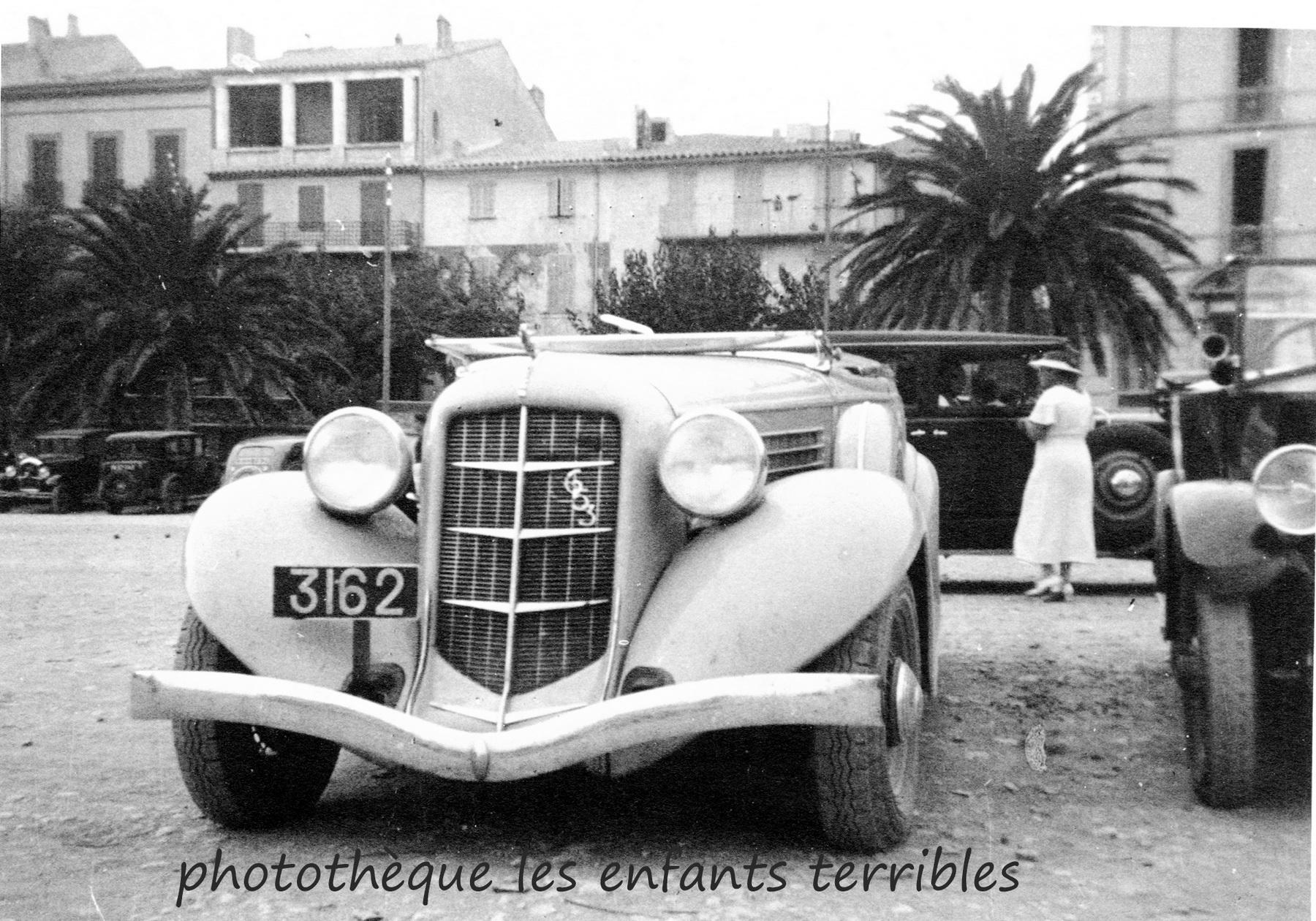 (Guad 20s-52)_3162 1930s Auburn.jec.jpg