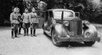 (NL)(mil-army 40-45)_11201_(b.o)_Packard1940